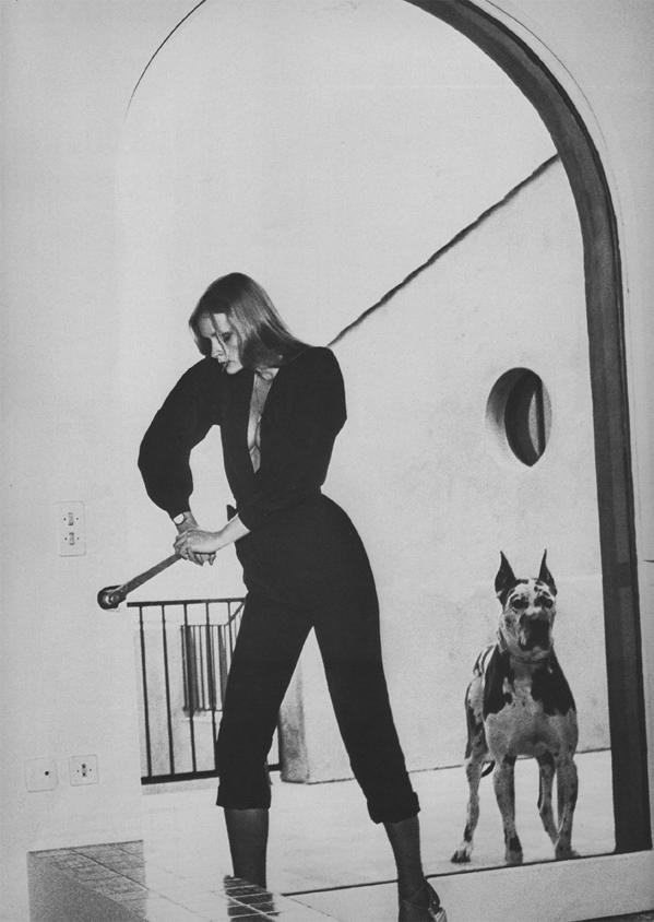 Vogue_paris_june_july_1975__newton2